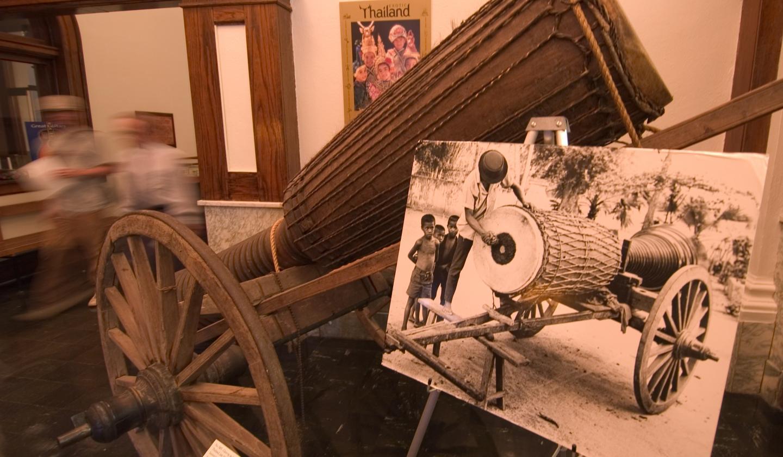 Thai drum, National Music Museum, Vermillion