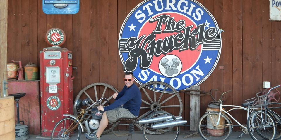 The Knuckle Saloon, Sturgis