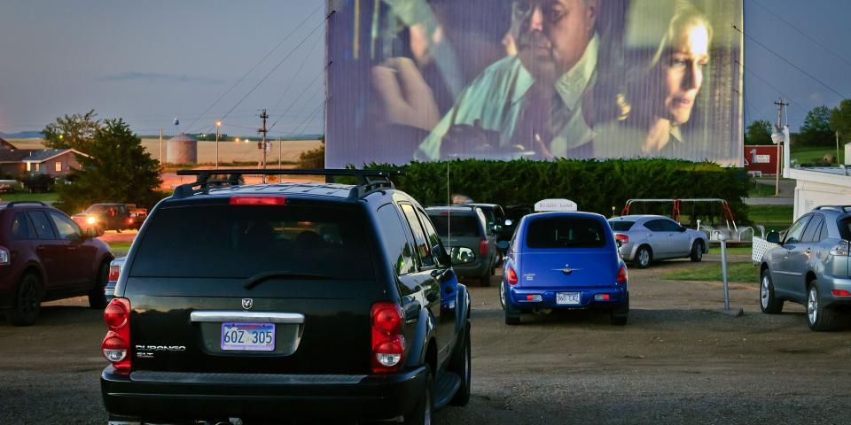 Drive in theaters in south dakota