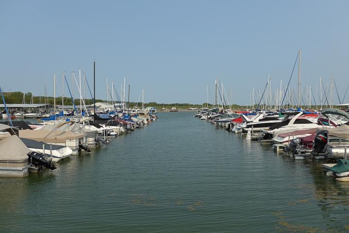 Lewis and Clark Lake Marina, Yankton