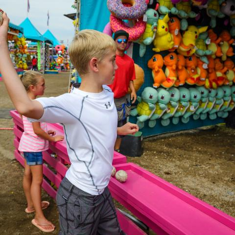 Brown County Fair in Aberdeen Midway Games