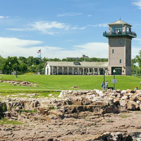 Falls Park observation tower, Sioux Falls