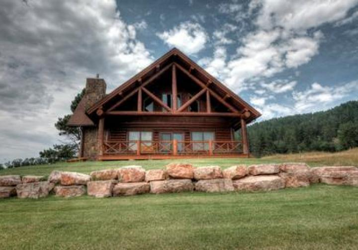 Apple Springs Log Cabin. Black Hills Cabin