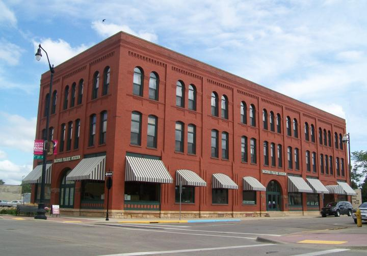 Dacotah Prairie Museum building