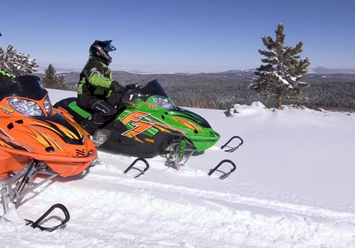 deadwood winter recreation black hills snowmobile trails