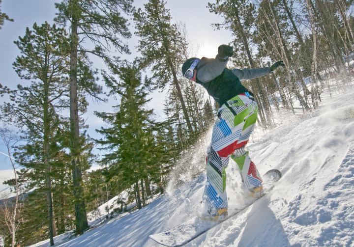 Deer Mountain Ski Resort, Lead