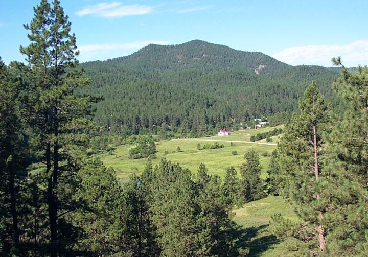 Traditional Cabins Located In Peaceful Silver City Near Rapid ...