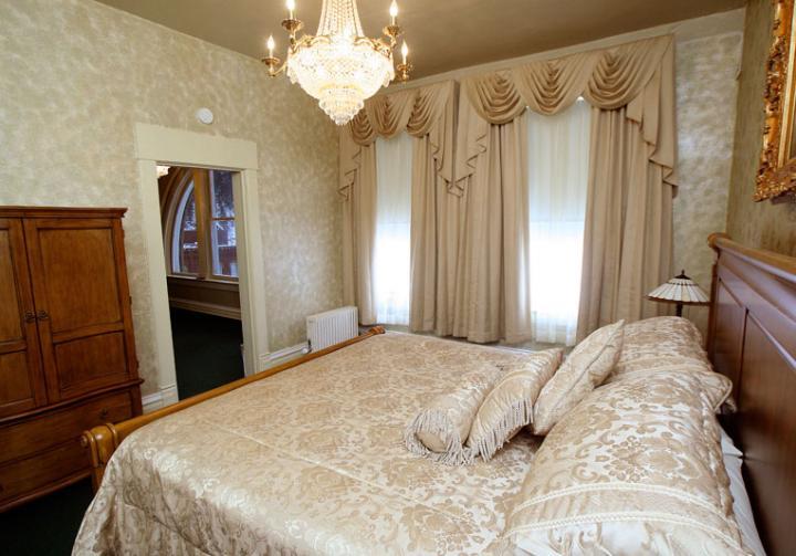 Deadwood Hotel Rooms